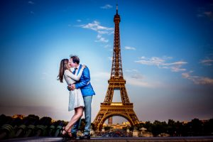 Love session au pied de la tour Eiffel