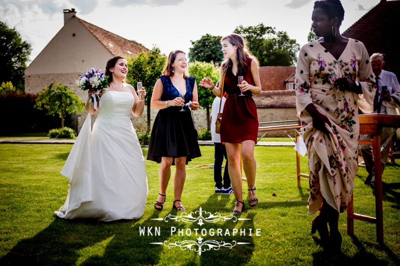 Photographe de mariage à Paris - vin d'honneur à la Vallée aux Pages