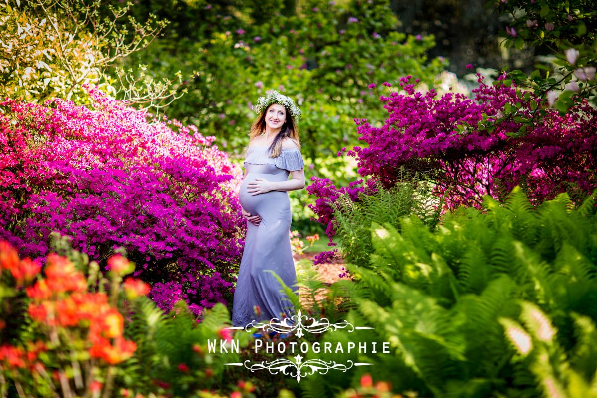 Photographe de grossesse a Paris - seance photo en plein air